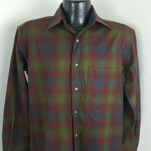Pendleton men long sleeve button up shirt size S